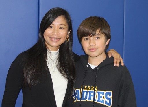 Freshmen Celebrate their Moms at the Mother-Son Mass