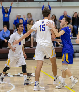 Serra Volleyball Wins CCS D2 Championship
