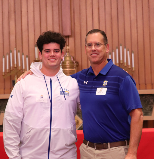 Alumni Father-Son Mass Unites Padres